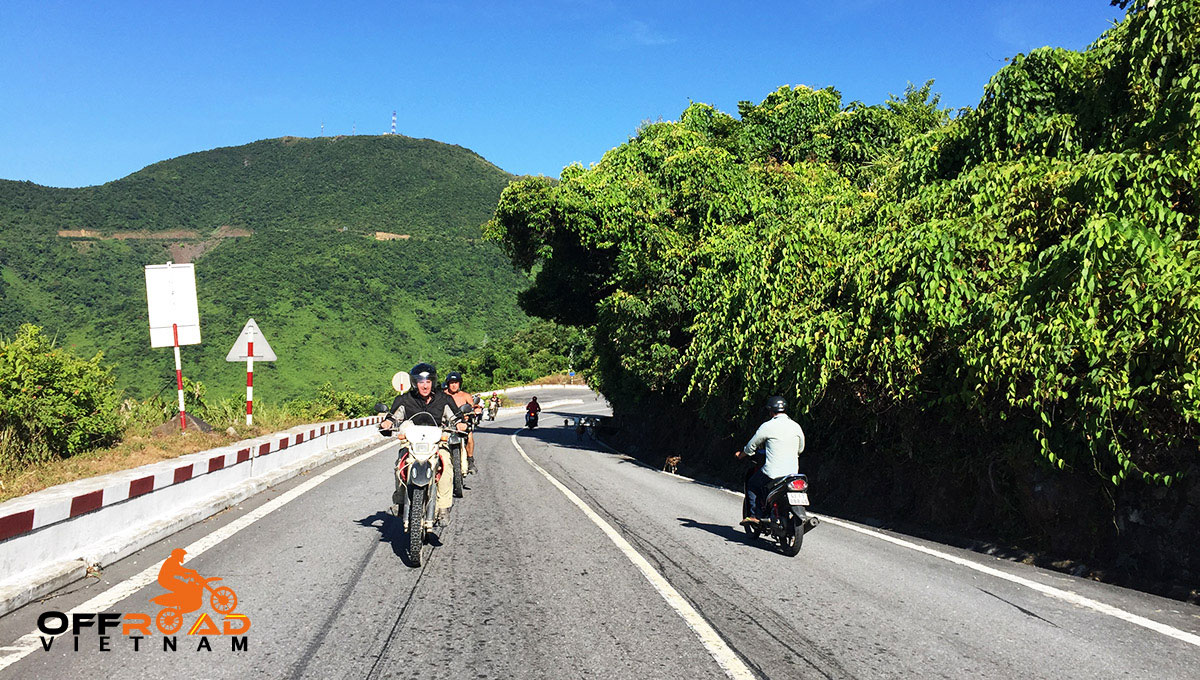 Hidden Vietnam Motorbike Tours - Ho Chi Minh Trail motorcycle tours in 6 days via Hai Van (Cloudy) pass.