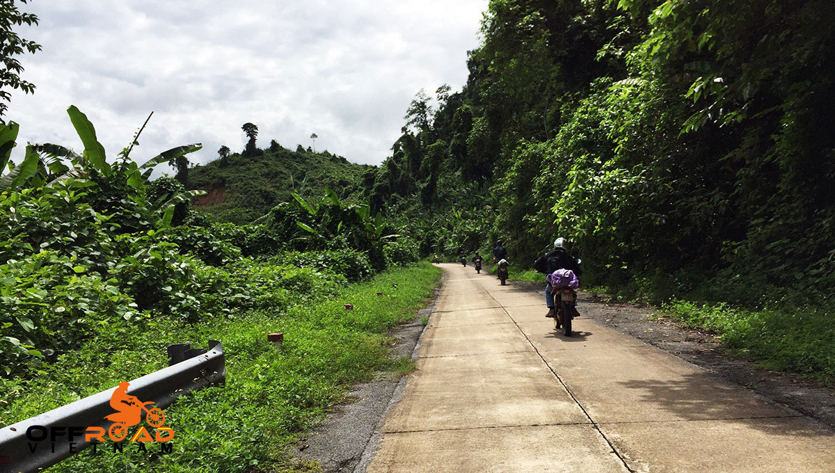 Hidden Vietnam Motorbike Tours - Ho Chi Minh Trail motorcycle tours in 6 days via Cuc Phuong National Park.