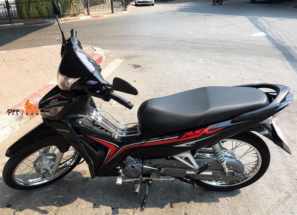 Hidden Vietnam scooter fleet. Honda Wave RSX semi-automatic 110cc