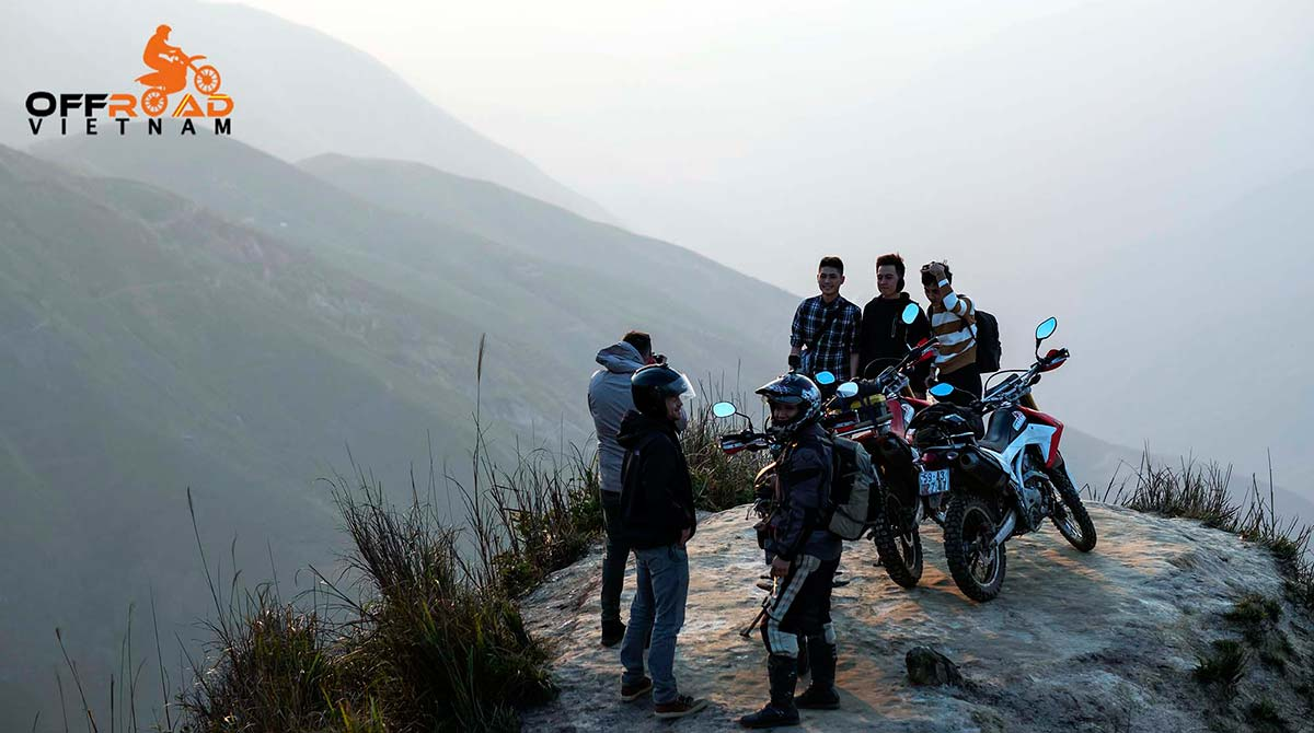 Hidden Vietnam Motorbike Tours - Vietnam Motorbike Tours Photos on a recent ride from Hanoi to Ta Xua spine.