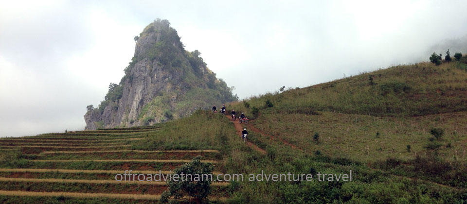 Hidden Vietnam Motorbike Tours - Grand North Loop in 16 days. Than Uyen