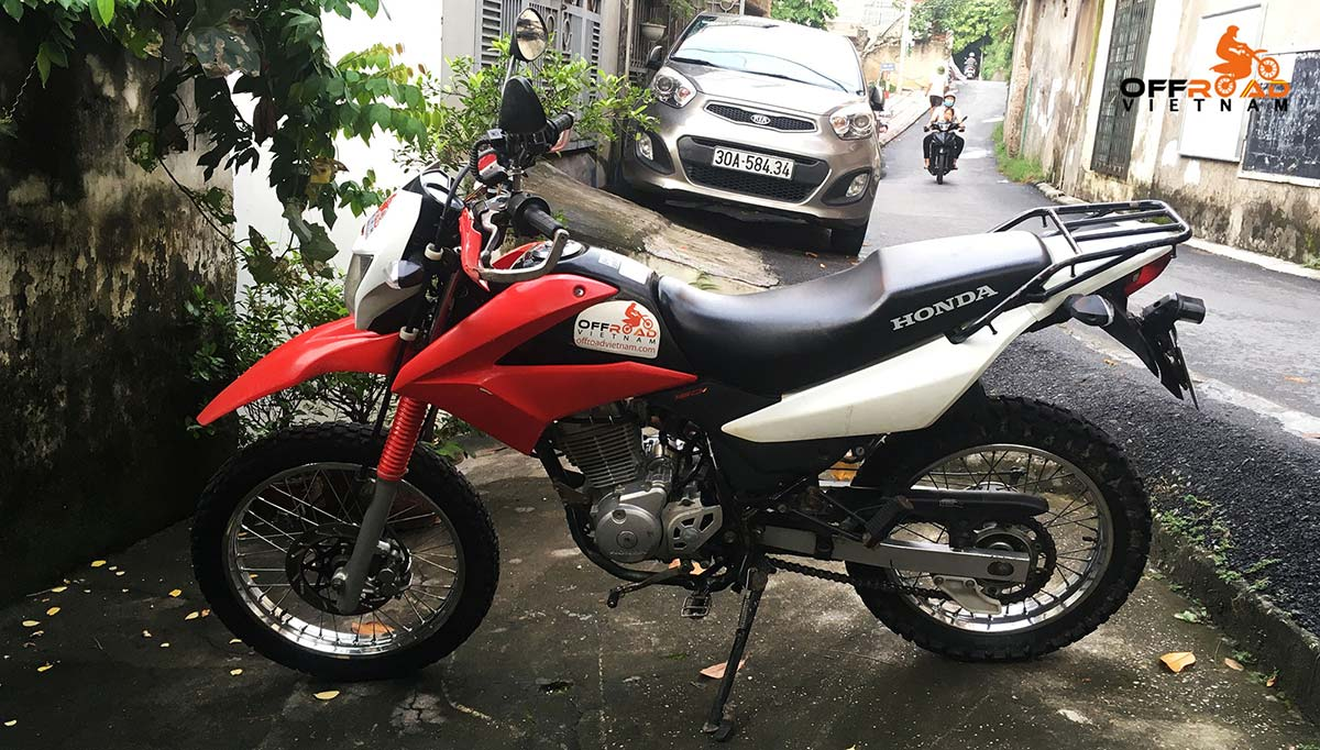 Hidden Vietnam Motorbike Tours - Used motorbikes for sale in Hanoi: Honda XR150L dirt bike 150cc.
