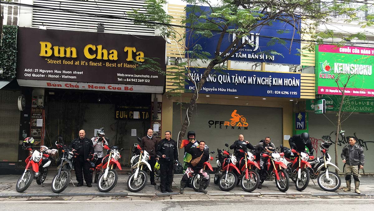Motorbike hire, motorcycle rental and scooter for rent from Hanoi-based Hidden Vietnam website.